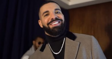 "Drake Is King Of Spotify, Named ""Artist Of The Decade"" With 28 Billion Streams"